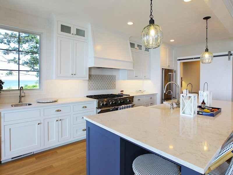 lake house kitchens