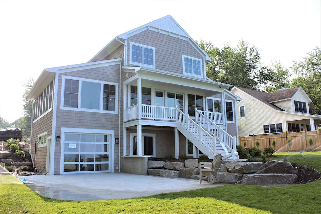Lake michigan homes for sale west michigan cottages for Cottage builders in michigan