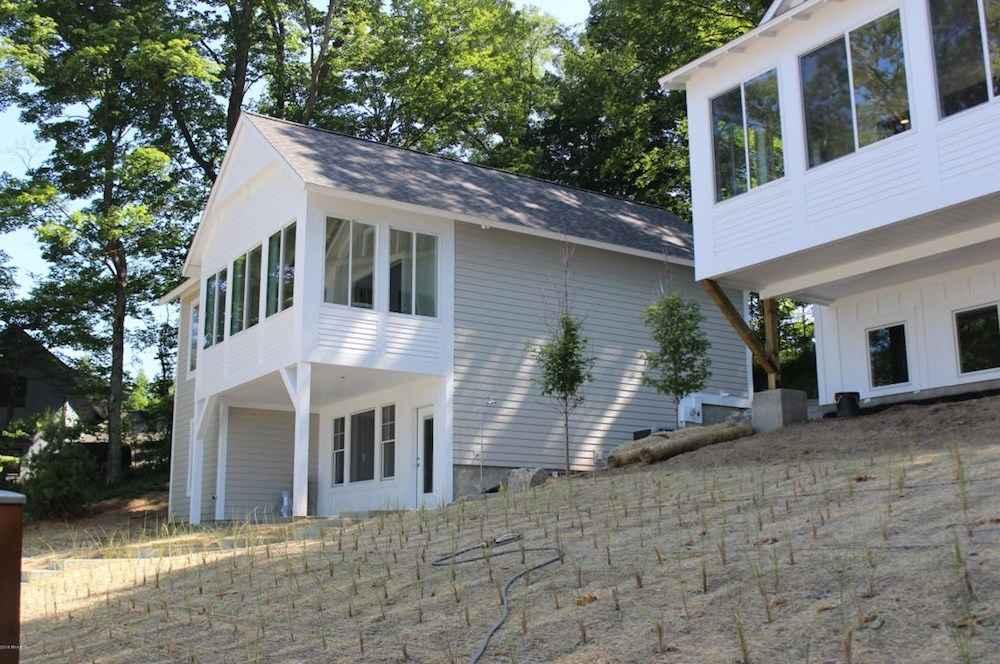 Holland Lake Michigan Cottage