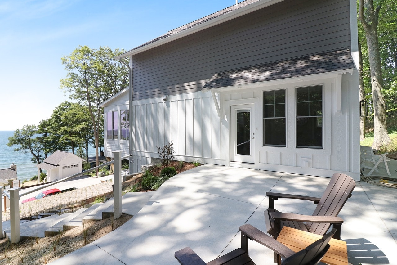 Custom Beach House Exteriors, Lakefront Homes, Gallery of Homes